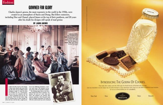 Article Preview: GOWNED FOR GLORY, November 1998 1998 | Vanity Fair